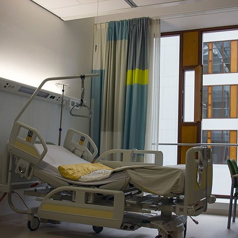 NHS Beds hit new low